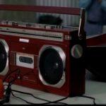 映画・月光仮面(1981)に出てきたラジカセは東芝のBOMBEAT!