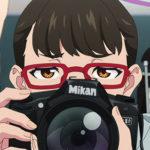 アニメ『SSSS.DYNAZENON (ダイナゼノン)』鳴衣のカメラはニコンD80!!